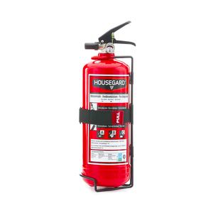 Pulverbrandsläckare 2 kg, i rött. Släckeffekten är på 13A 89 B C vilket är den högsta på marknaden för 2 kg pulver. Det gör den väl anpassad för fordon som tex privatbilar och mindre lastbilar/husvagn. Kan även användas som komplement till 6 kg pulversläckare i hemmet. Brandklass ABC. Effektivitetsklass 13 A 89 B C. Certifiering SS-EN3, CE, Wheelmark. Väggfäste ingår.