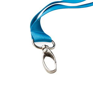 Choose to equip your lanyard with an extra strong snap hook in a drop-shaped design.